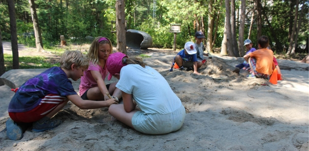 Children at Dino Dig